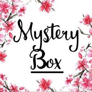 Mystery box- active wear